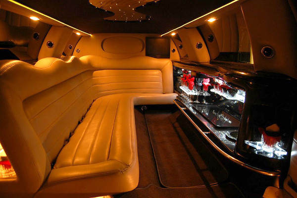 Lincoln Limo Interior Long Beach